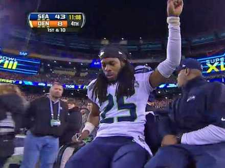 Picture of Seattle Seahawks Richard Sherman Injured in the Super Bowl XLVIII 2014